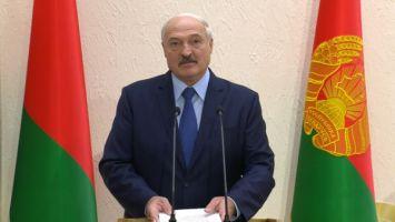 """""""За такими медиками будущее"""" - Лукашенко выступил за повышение престижа врача общей практики"""