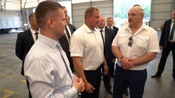 """Лукашенко обещал """"Кроноспану"""" поддержку в строительстве мебельной фабрики"""
