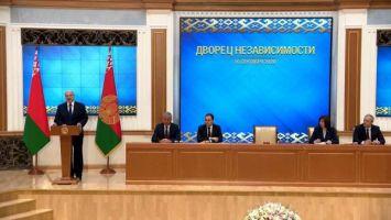 Лукашенко: МИД следует адекватно отвечать на привычные нам санкции и новые вызовы