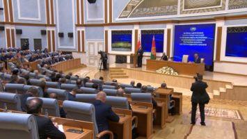 Лукашенко о переговорах с Россией: никто никогда не подпишет документы, которые нам принесут вред