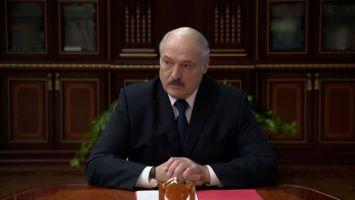 Мы просто берегли людей - Лукашенко сравнил влияние пандемии с ситуацией середины 1990-х