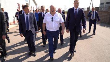 Лукашенко: западные санкции - это их бессилие, и мы им это покажем