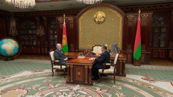 Лукашенко поручил сохранить социальную направленность в работе Беларусбанка