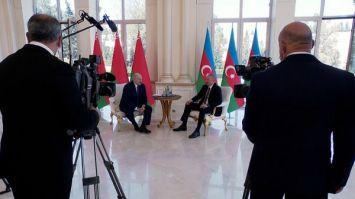 Лукашенко: помешать сотрудничеству Беларуси и Азербайджана не может ни одна пандемия