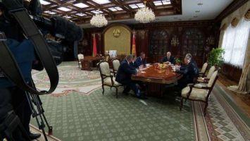Лукашенко: в Беларуси сегодня даже не рассматривают приватизацию нефтеперерабатывающих заводов