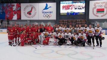 Команда Президента победила в стартовом матче XIII Республиканских соревнований по хоккею среди любителей