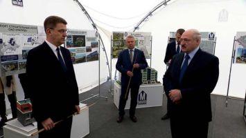 Лукашенко требует активнее развивать жилищное строительство в городах-спутниках Минска