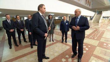 Лукашенко поручил обеспечить жильем врачей и работников социальной сферы