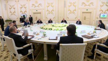 Лукашенко: Победа советского народа в Великой Отечественной войне едина и неделима