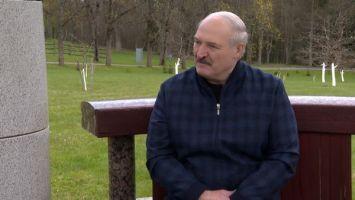 """Лукашенко о реакции на санкции: """"Мы ответим. Сколько можно склонив голову ходить?"""""""