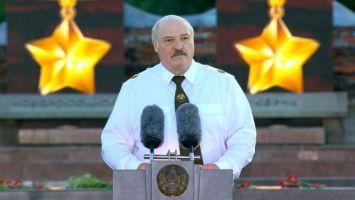 Лукашенко в Брестской крепости: мы родную землю и суверенитет никому не отдадим