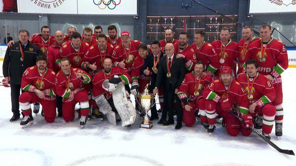 Команда Президента выиграла республиканский турнир любителей хоккея