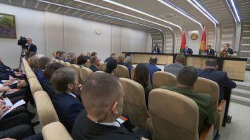 Лукашенко: дисциплина в выполнении поручений у местной власти, мягко говоря, хромает