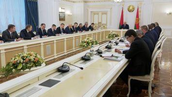 От инвестпрограммы до вопросов агроэкотуризма - Лукашенко собрал совещание с руководством Совмина