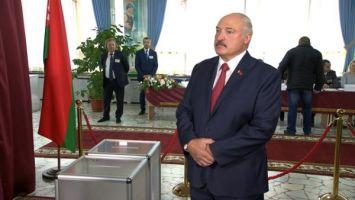 Лукашенко ответил на вопрос, с кем легче вести переговоры - с Россией или Западом