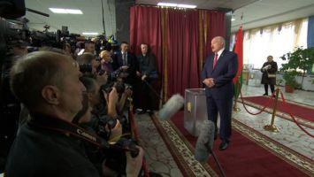 Лукашенко: Беларусь всегда будет оставаться в своих границах, ни перед кем не ползая на коленях