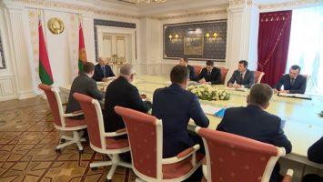 От профильного IT-вуза до электронного правительства - Лукашенко провел совещание по развитию цифровой сферы