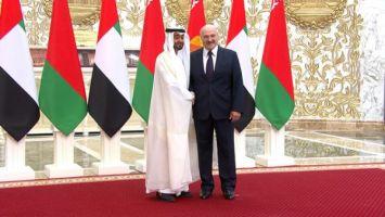 Церемония официальной встречи наследного принца Абу-Даби прошла во Дворце Независимости