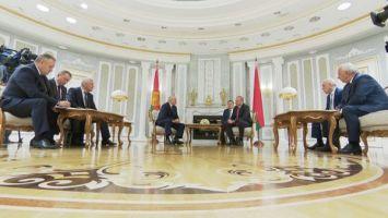 Беларусь продолжит настойчиво развивать отношения с Грузией - Лукашенко