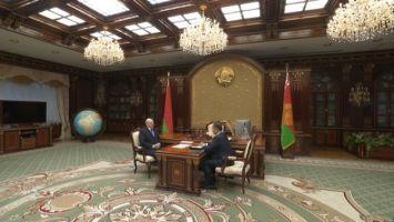 Лукашенко: Беларусь оказалась в горячей политической точке и должна принимать меры для своей безопасности