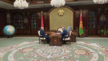 Лукашенко напомнил о задаче по повышению зарплат низкооплачиваемых категорий работников