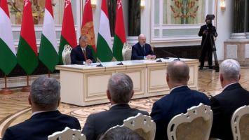 Беларусь готова поделиться с Венгрией опытом в строительстве АЭС - Лукашенко