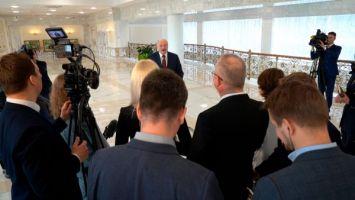 Лукашенко: показанная информация о раскрытии заговора в Беларуси - это цветочки, ягодки мы еще покажем