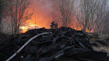 В Могилёве горел промышленный объект на улице Челюскинцев
