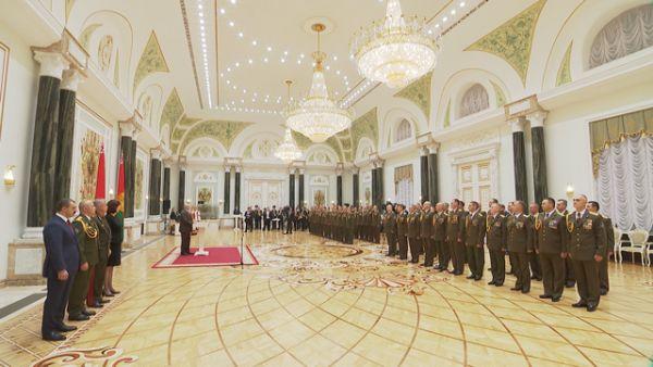 Лукашенко о Службе безопасности Президента: в том числе благодаря вам в Беларуси сохраняется мир и порядок