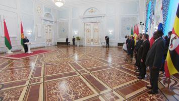 Лукашенко: Беларусь открыта для дружественных и деловых отношений со всеми государствами