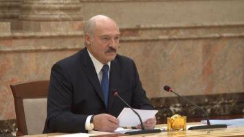 АПК Витебской области накопил долгов на Br3 млрд - Лукашенко требует возвратить все