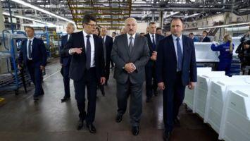 """""""Это пример для других"""" - Лукашенко о работе """"Атланта"""" в период пандемии"""
