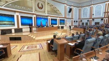 """Лукашенко высказался о скрытых мотивах """"печенек от Байдена"""""""