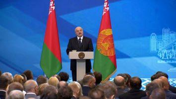 Лукашенко: не будет качества - погибнем, потому что качество - основа экспорта
