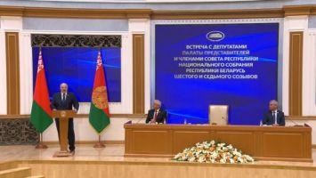 Лукашенко: сегодня на Путина жесточайшее антибелорусское давление