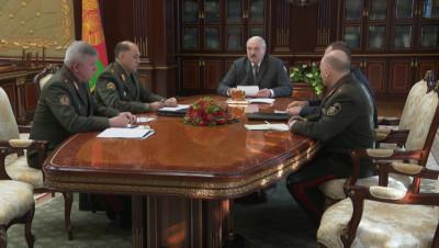 Лукашенко назвал ситуацию с мигрантами на границе гуманитарной катастрофой