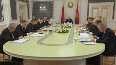 Лукашенко: посмотрите, что в Гомеле творится, это же катастрофа - по ночам коров режут