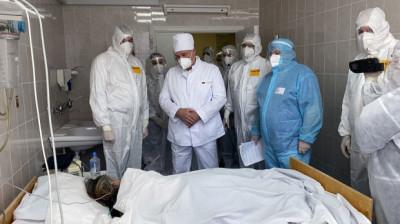 Лукашенко посетил Лидскую центральную районную больницу