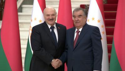 Лукашенко в Душанбе встретился с Рахмоном
