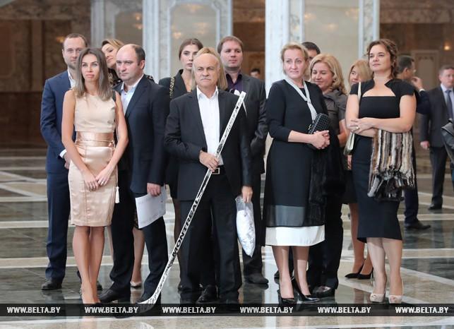 Хоккейная команда Президента Беларуссии празднует свое 20-летие