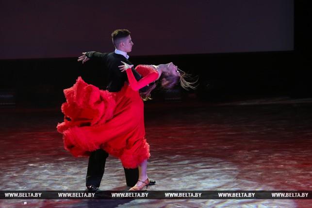Во время творческого номера победительницы конкурса Марии Соловьевой