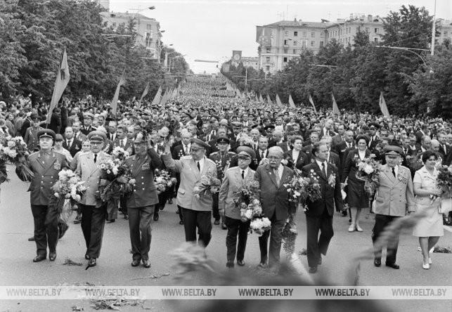 Ветераны Великой Отечественной войны на Ленинском проспекте, 1974 г.
