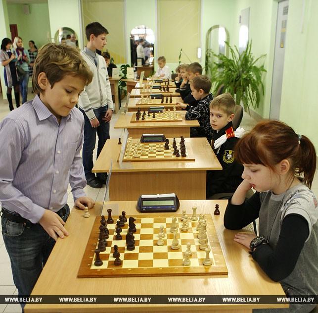 29октября в Белоруссии стартовала республиканская акция «Шахматы школе»