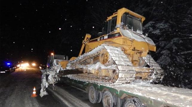 Маршрутка столкнулась сбульдозером вУшачском районе: 8 пассажиров пострадало, один умер