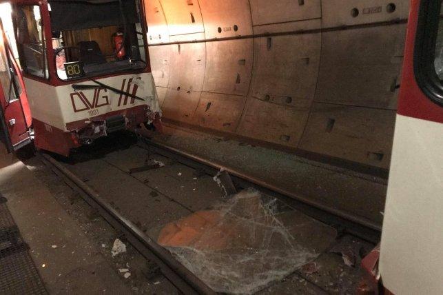 ВГермании при столкновении поездов метро пострадали 20 человек
