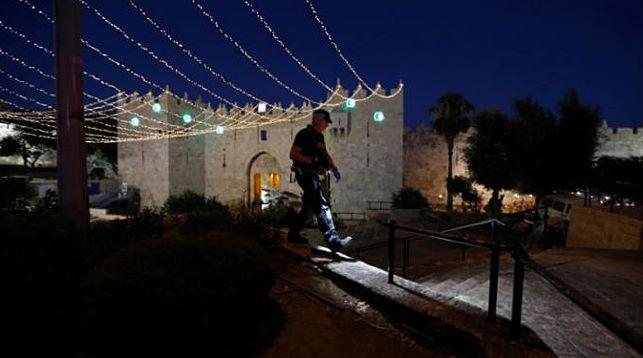Женщина-полицейский погибла отножевой атаки вИерусалиме