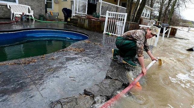 ВМонреале объявили чрезвычайное положение после прорыва плотин насевере города