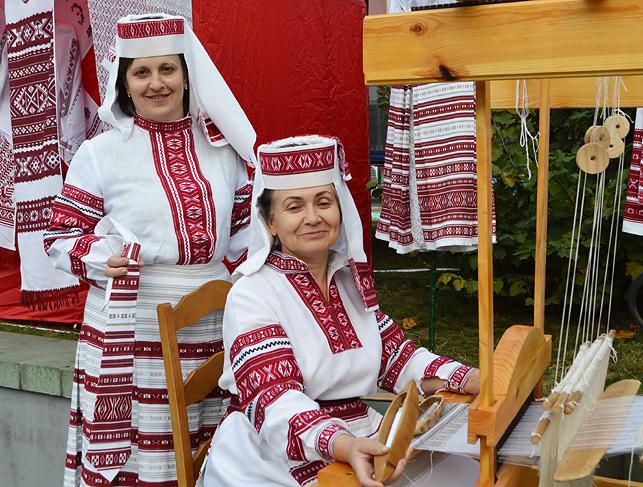 Традиции регионального ткачества намерены возродить в белорусско-украинском приграничье