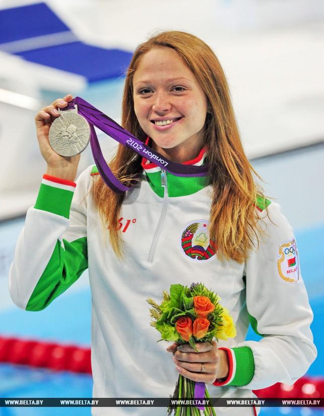 Фото попки олимпийских гимнасток фото 151-527