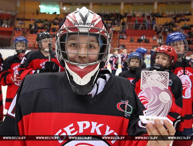 Лучший вратарь турнира Сергей Жиголев